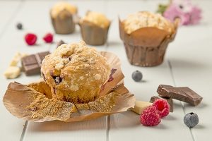 muffins-de-frambuesa-y-arandano-1-min